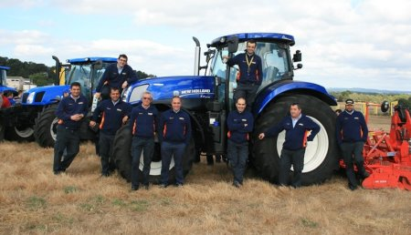 DEMOGALICIA New Holland 2013