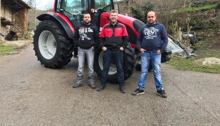 Agrícola Patricio entrega  Valtra A114 a David Pelayo de Barcena de Toranzo, Cantabria.