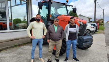 Tecnor Lalin Maquinaria entrega Kubota MGX 105 por Talleres Landeira de Mazaricos a Ganaderia Paris Novio SC.