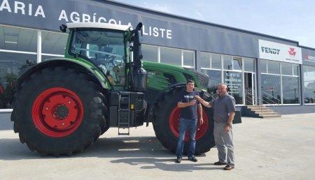 Maquinaria Agrícola Liste entrega a David Sánchez Paredes un Fendt 930 para CUSOVIAME