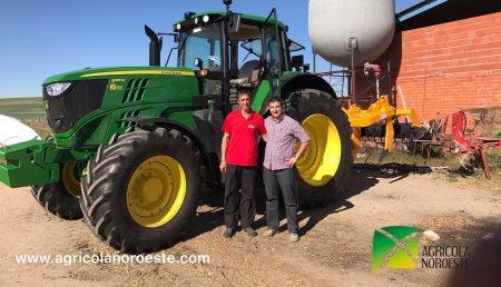 Agricola Noroeste entrega John Deere 6195M entregado en Salamanca a Pedro Blazquez.