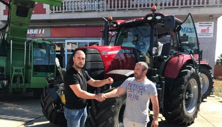 Agricola Calvo entrega CASE IH PUMA 150 CVX  PREMIUM a servicios agrícolas y forestales TRAFORAGRO BESTEIRO, S.L de córneas ( Castroverde)