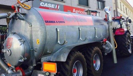 Agricola Matova entrega a Granxa a Costa SC de A Baña, Cisterna Herculano CH 16000 RG
