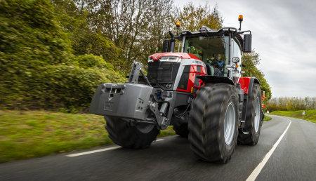 Massey Ferguson MF 8S.265 Dyna E-Power Exclusive Recibe el premio Tractor Of the Year 2021