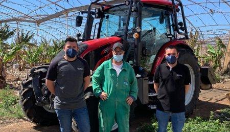 Hitraf entrega en las Islas Canarias a Arona (Tenerife)  Valtra G125