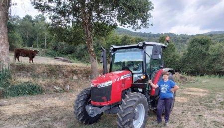 Agrícola Suárez entrega MASSEY FERGUSON 4708