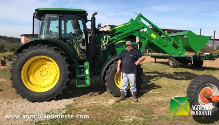 Agrícola Noroeste Entrega john Deere  6115MC con pala cargadora original John Deere 623R a Teodoro