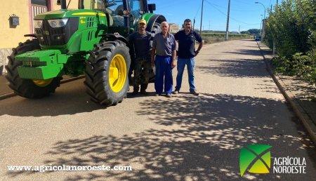 Agrícola Noroeste entrega John Deere 6130M  a Felipe