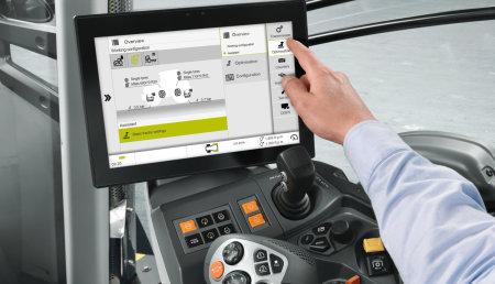 CLAAS presenta el sistema de asistencia CEMOS para tractores