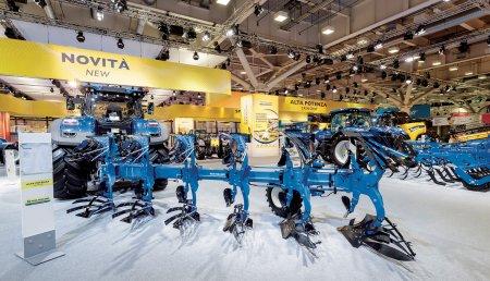 New Holland presenta su oferta ampliada de implementos en SIMA 2019