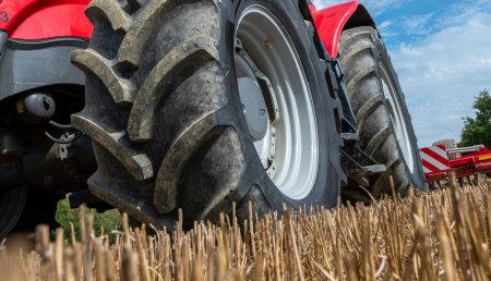 Vredestein Traxion 65: Neumático silencioso para tractores ahora disponible en 19 tamaños
