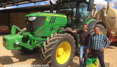 Agrícola Noroeste entrega John Deere 6175R  a Agricola Ganadera DIALDA.