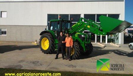 Agricola Noroeste Entrega John Deere 6120M+Pala 623R a Héctor