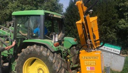 Agrícola Suárez entrega desbrozadora Frontoni FOX PROFI 485