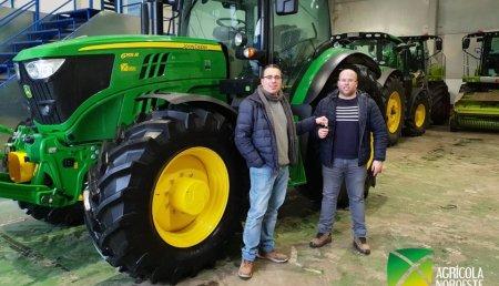 Agrícola Noroeste entrega John Deere  6155R  a servicios agrícolas IVAN TEMBRÁS