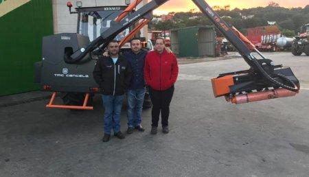 Maxideza entrega a Jose Manuel de Oleiros (silleda), desbrozadora de brazo TMC Cancela modelo TB 425