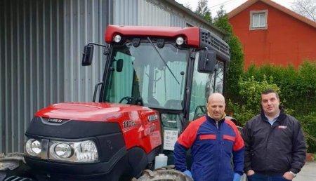Agricola Matova entrega CASE Quantum 110CL a Carlos de Serviagro Mercurín SL.