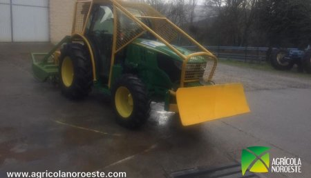 Agrícola Noroeste Entrega john Deere  5090 GL a Medioambiental Valledor