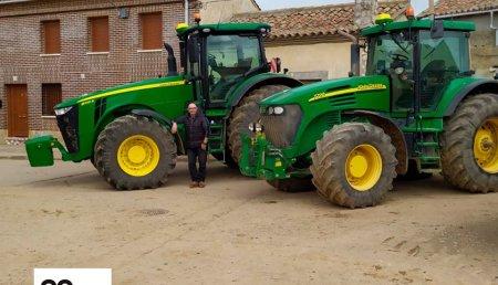 Agrícola Castellana entrega a Hermanos Salamanques Martínez de Castromocho (Palencia)  John Deere 8245R!