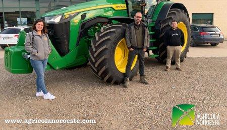 Agrícola Noroeste  entrega John Deere 8280