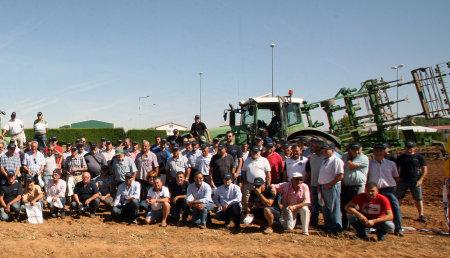 Las innovaciones de Michelin junto con un servicio profesional MICHELIN Exelagri ayudan a los agricultores responder a los retos de una agricultura sostenible.