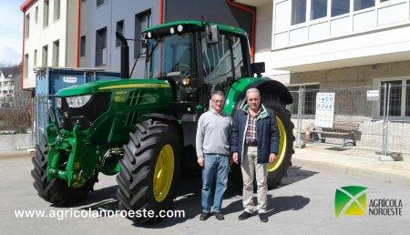 Agricola Noroeste entrega John Deere 6120M al Ayuntamiento de Pedrafita do Cebreiro - Lugo