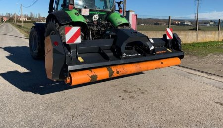 Agrícola Suárez entrega trituradora TMC CANCELA THN2-320