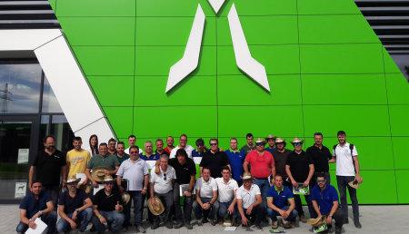 Deutz-Fahr continúa su proyecto de formación a la red de ventas en la fábrica de Lauingen (Alemania)