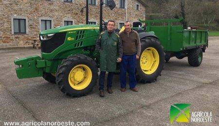 Agrícola Noroeste entrega John Deere 5090GF de Jovino  en Bustiello de Paredes (Valdes)