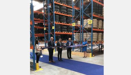 Trelleborg inaugura su nuevo centro logístico europeo para sus productos de manipulación de materiales y neumáticos de construcción, así como la nueva oficina comercial de Benelux