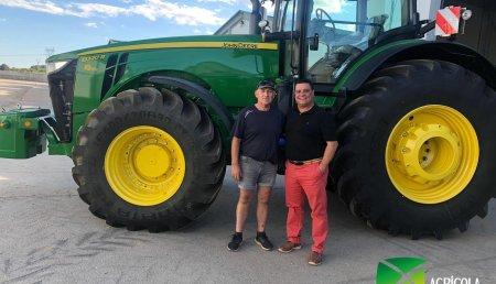 Agrícola Noroeste  entrega John Deere 8320R a Cunícula Dima SL