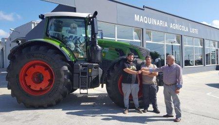 Maquinaria LISTE entrega Tractor Fendt 936 Vario Profi de 360CV a la cooperativa ARANXES de Monfero