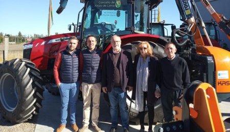 Agrícola Suárez entrega MF6713 y  ROUSSEAU KASTOR al Concello de XINZO DE LIMIA