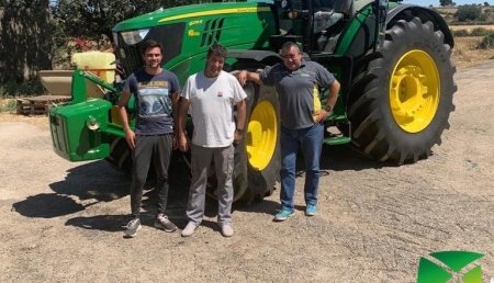 Agrícola Noroeste entrega John Deere 6215R a Bealu SC