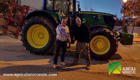 Agrícola Noroeste entrega John Deere 6195M  a Jorge