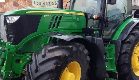 Agricola Castellana entrega John Deere 6195R a la Ganaderia Los Mazos SC