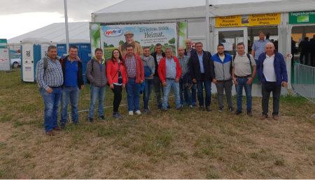 Miembros de la asociación ADEGAL visitan la Feria en campo POTATO EUROPE 2018 en Rittergut Bockerode en Hanover, Alemania.