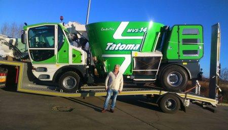 Agricola Castelao entrega a la cuma de villadavade vitova un Tatoma MVS 14