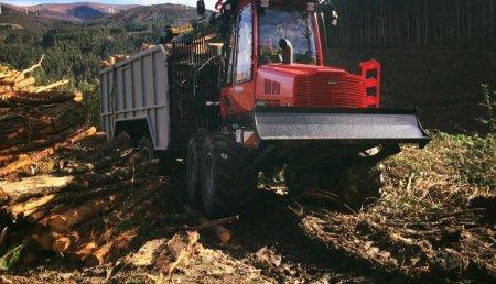 Hitraf entrega un Autocargador 845 a Maderas Argimiro (Lugo)