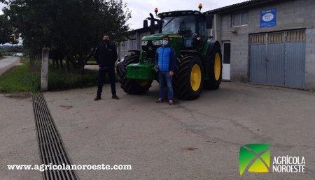Agrícola Noroeste  entrega John Deere 6155R a Casa Roxo