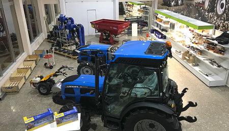 Agrícola Joste, abre sus nuevas instalaciones en Astorga.