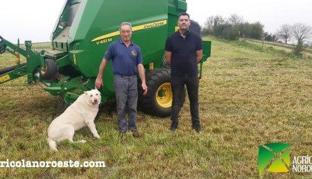 Agrícola Noroeste entrega John Deere  ROTOEMPACADORA V451M a Vanesa