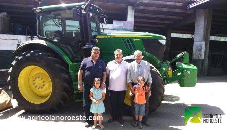 Agricola Noroeste entrega John Deere 6175R a Granxa Neiro de Trazo ( A Coruña)