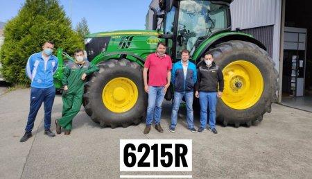 Agricola Noroeste entrega John Deere  6R -6215R  a Javier