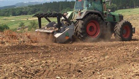 Millares Torron entrega trituradoras fae a agroforestal aguion - Melide (A Coruña)