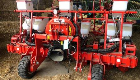 Millares Torron entrega sembradora de maiz Gaspardo. Modelo Marta 300 6F 70 Micro a LUCHANA SC DE VILAXUSTE Portomarin