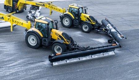 Mantenimiento de aeropuertos más seguro y sostenible: Valtra y Nokian Tyres colaboran en un proyecto de retirada autónoma de nieve