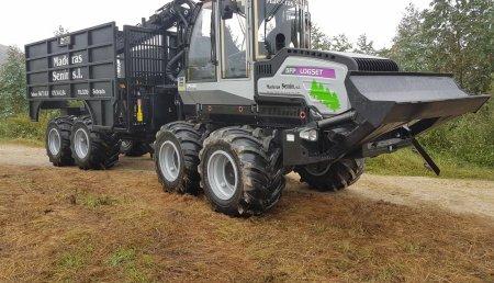 Forest Pionner entrega  autocargador Logset Oy 5 FP GT a Maderas Senin SL en Galicia