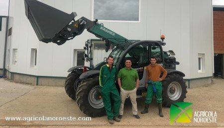 Agrícola Noroeste  entrega Kramer KT 357 a Diego y Alvar