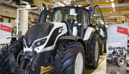 Valtra celebra la fabricación del tractor nº 1000 de la Serie T4